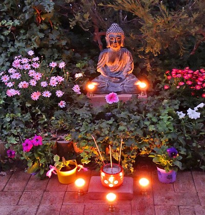 Home garden Buddha Yoga Shala June1 2017129 1024